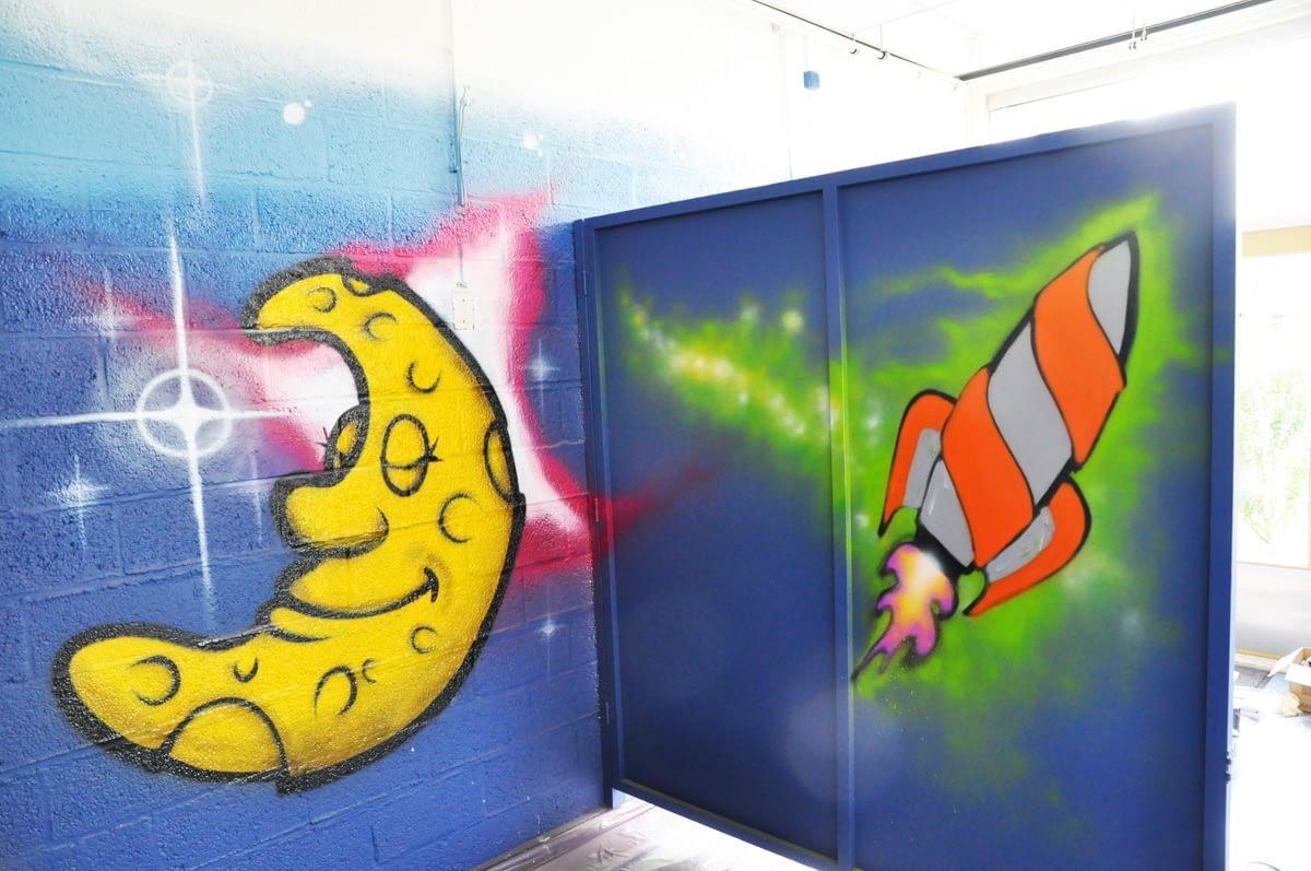 Ruimte thema kinderkamer graffiti