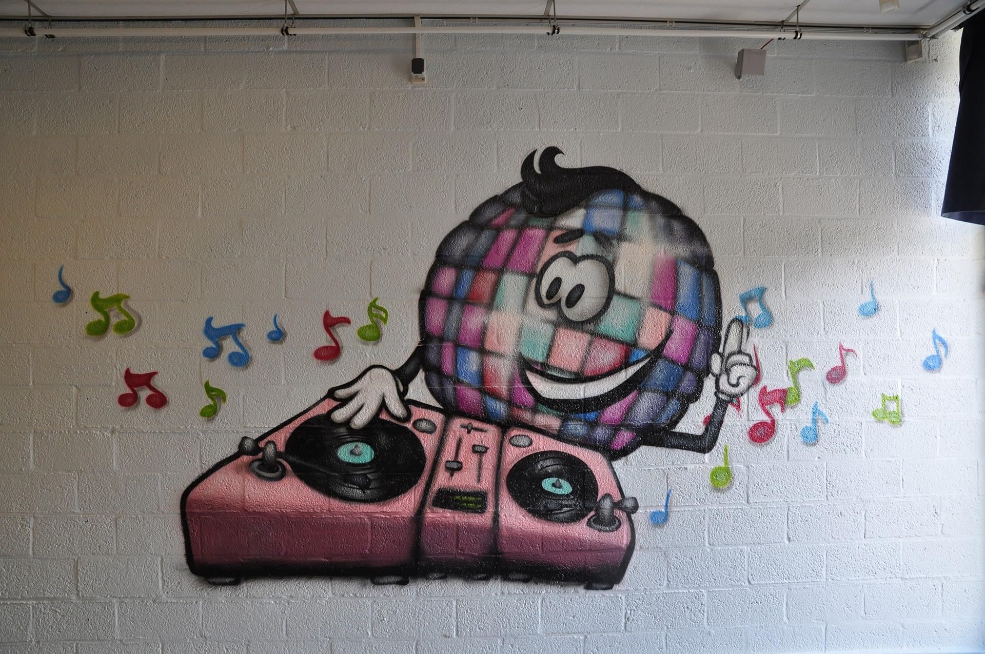 Disco DJ cartoon